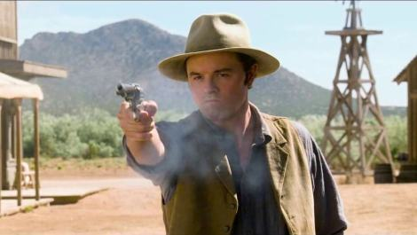 seth-macfarlane-in-a-million-ways-to-die-in-the-west-movie-5